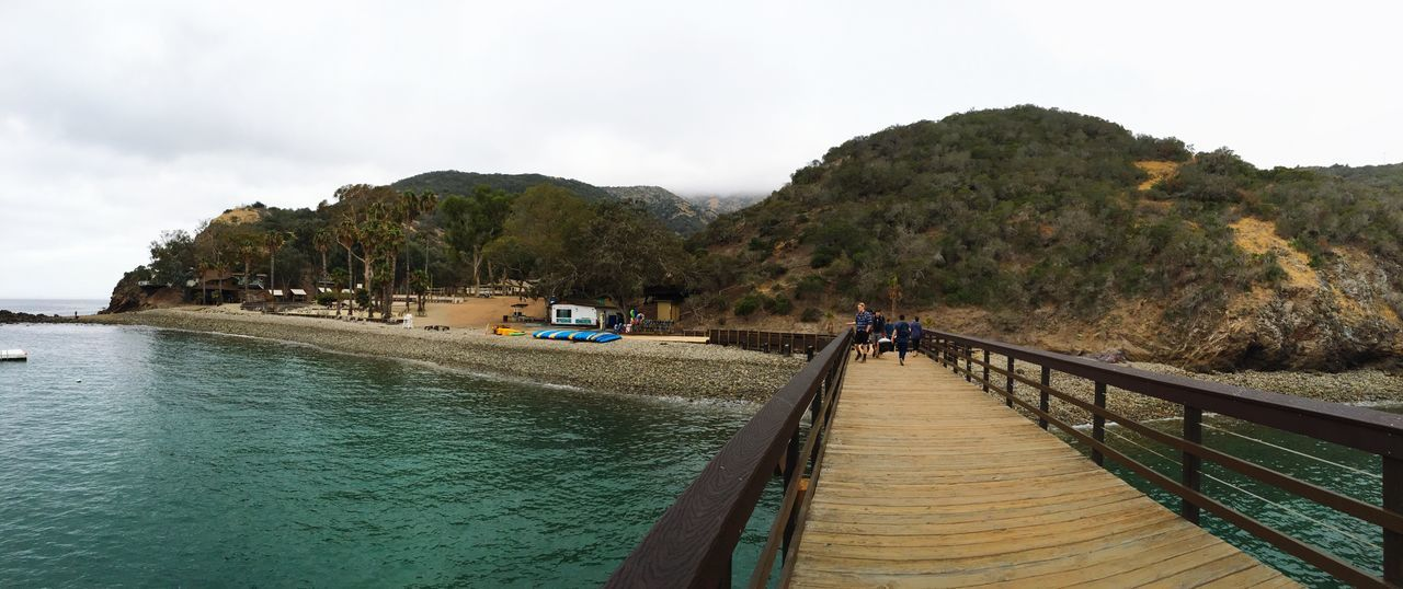 Youth Retreat at Catalina Islands!! Funweekend Vaction Youth Lovephotography  CatalinaIsland Ocean Shore Vscocam Taking Photos Exploring Amazing View Unforgettablemoments