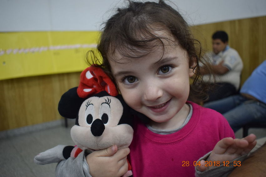 Love Minnie Mouse Retrat Child Females Front View Girls Innocence Lifestyles Real People Smiling