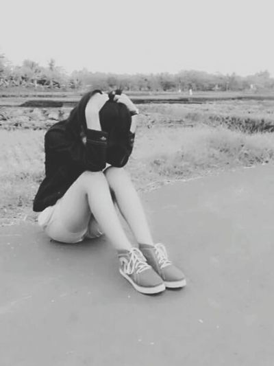 Depresion Newtalent TalentpartI Girl Sexygirl Cutegirl Nicegirl Beautifulgirl Indonesiangirl Modelstyle Lovethegirls Modeling Shoot Modeling #fashion #lagafa #shooting #blackandwhite Canon1200d Bandung, Indonesia