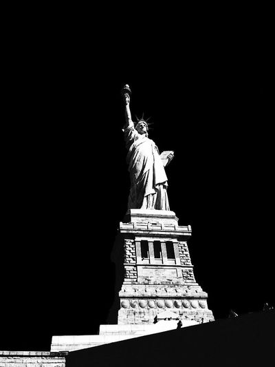 N'y Statue of Liberty