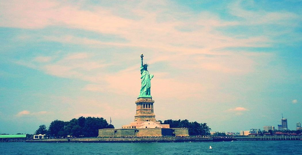I Heart New York NYC Statue Of Liberty Monument City Colour Of Life