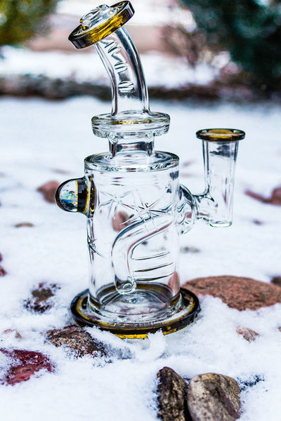 Glass Work Cannabis Dabs Dabrig Bong Bongs Cannabis.👌🍁 Cannabiscommunity Glass Glass Art Glass Objects  Glassart Glass_collection Paraphernalia Art Artphotography Winter Cold Temperature Snow Water No People Close-up Outdoors Day Freshness