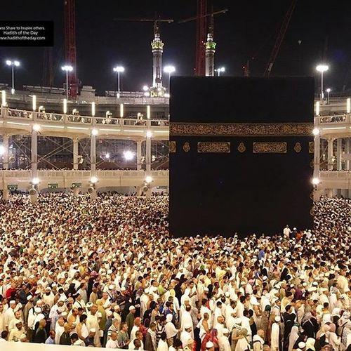 People at Mecca......Hajj Mecca Islamify Islam Islamic 2015hajjoperations 2015hajj Kaba Kaaba Million  Medina Medina ShoutOut