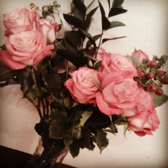 He Gave Me Flowers Today For A Surprise ^~^ <3 I Feel Special Gotta love him muaah my everything {: