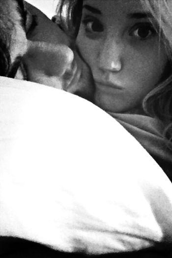 No make up + my boy = lazy days! 😘😍