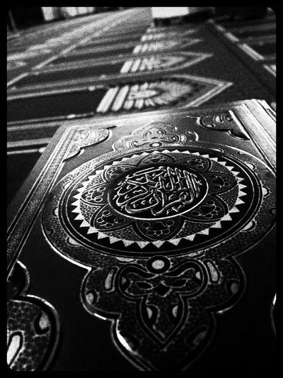 Holy Quraan :-D Holy Quraan ISLAM♥ Masjid Taking Photos