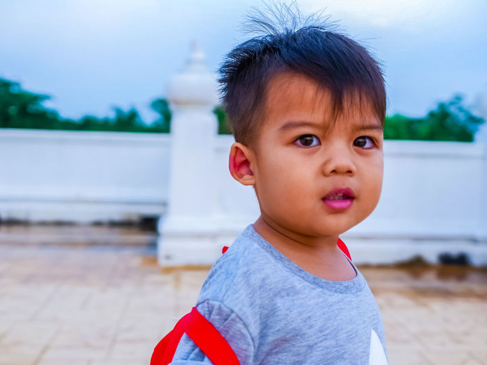 Child Childhood Child Focus On Foreground One Person Innocence Real People Boys Portrait Cute Looking Away Males  Casual Clothing Day Men Looking Lifestyles Leisure Activity