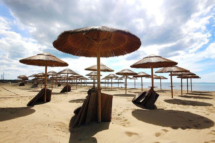 Summertime Sun Holydays Marina Di Grosseto Sandy Spiaggia Sea And Sky Nature Photography Atmosphere Beachphotography