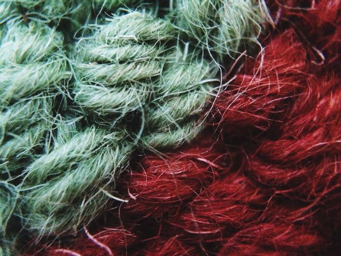 Macro Pattern Pieces Pattern, Texture, Shape And Form Pattern Abstract Textures Textile Red And Green Yarn Woven IPS2016Texture IPS2016Closeup