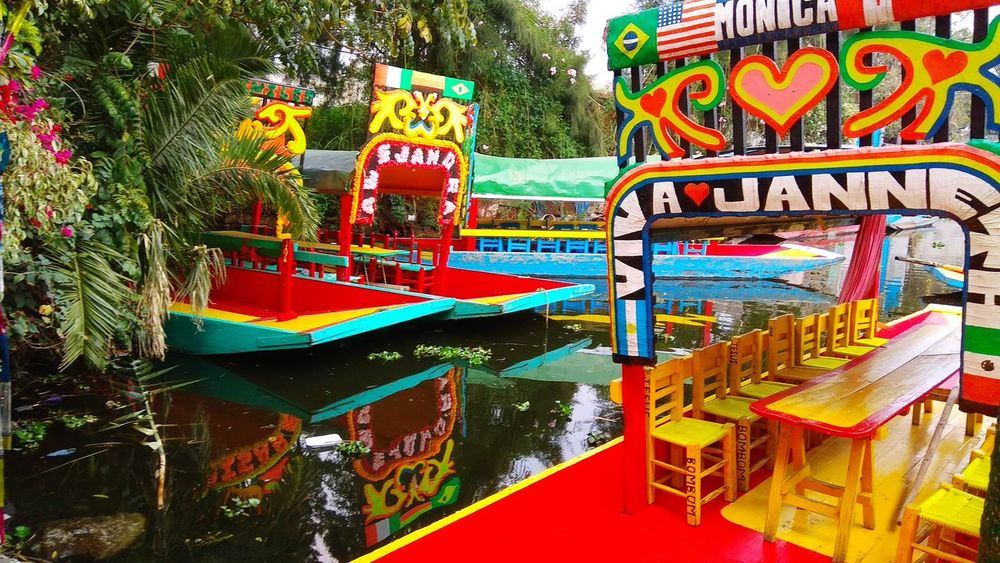 Xochimilco Xochimilco Xochimilcolake Xochimilco Xochimilco Text Multi Colored Day Gambling No People Outdoors Tree