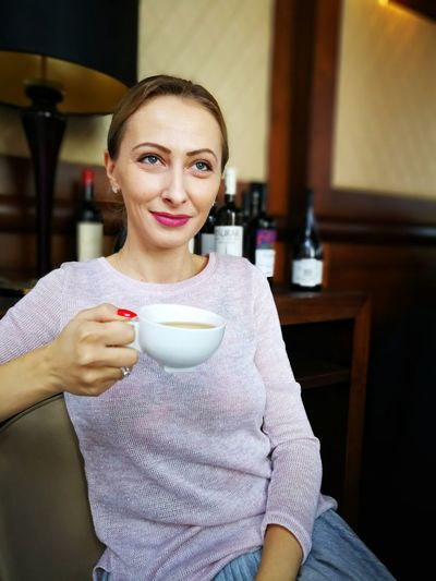 Drinking Tea Tea Blond Hair Blue Eyes Woman Portrait Drink Coffee Cup Coffee - Drink Portrait One Woman Only Beautiful People Food And Drink Beautiful Woman People Looking At Camera Stories From The City International Women's Day 2019