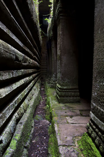 Ancient Architecture Ancient Civilization Ancient Ruins Ancient Temple Angkor Thom Angkor Wat Budism Cambodia Cambodia Tour Dark Decadence Lonelyplanet No People Ruins Shadows & Lights Temple Detail Tranquility Wet Wet Place