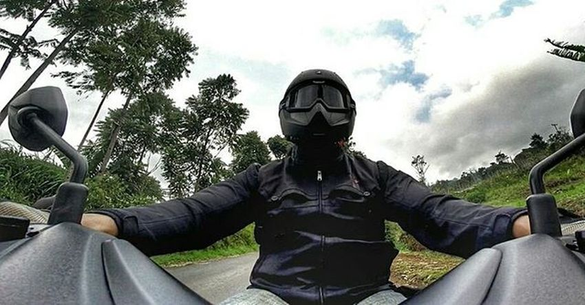 Motorcycle Yamaha Nmax Ocito Moped Scooter MaxiScooter Matic Sportscooter Sportsmatic Val  2015  SharkHelmet Sharkvancore Contin Respiro Gopro Gopro3plus Goproblackedition Gopro4life Gopro_moment Goprooftheday Gopro_everything