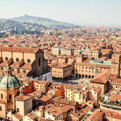 Bologna's Piazza Maggiore with half finished marble facade of San Petronio. Panoramic view from Torredegliasinelli Ig_bologna Ig_emiliaromagna Panoramaview Piazza Skyline Italy Spon_reise_landschaft Spon_reise