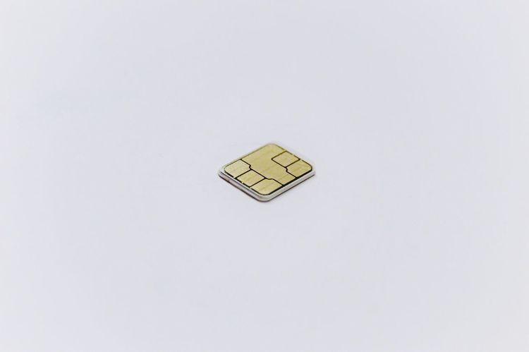 SIM Micro Chip Micro Chip Sim Micro Sim Wireless Technology Technology Card Minimalism Minimalistic Macro No People Studio Shot White Background Indoors  Day