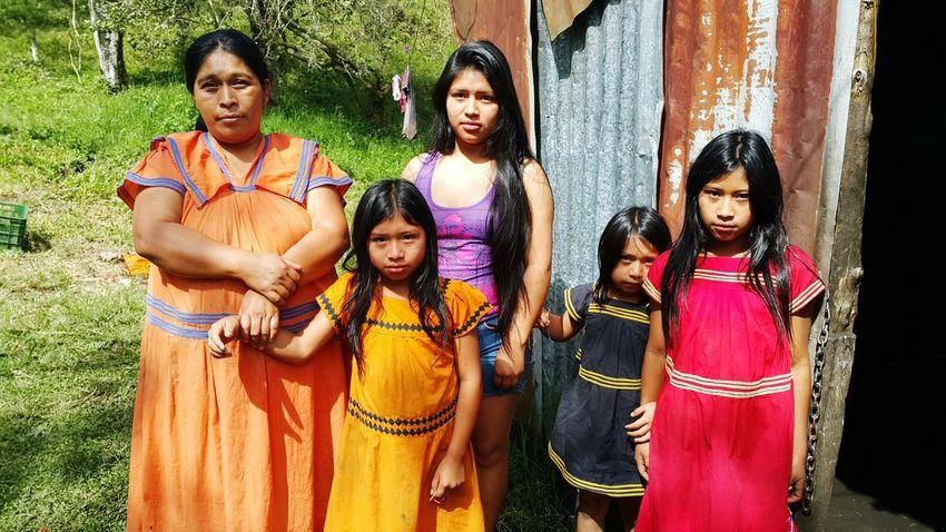 EyeEm Selects People Cultures Beautiful People Real People Taking Photos Panamá Help People Indigenous People Ngäbe