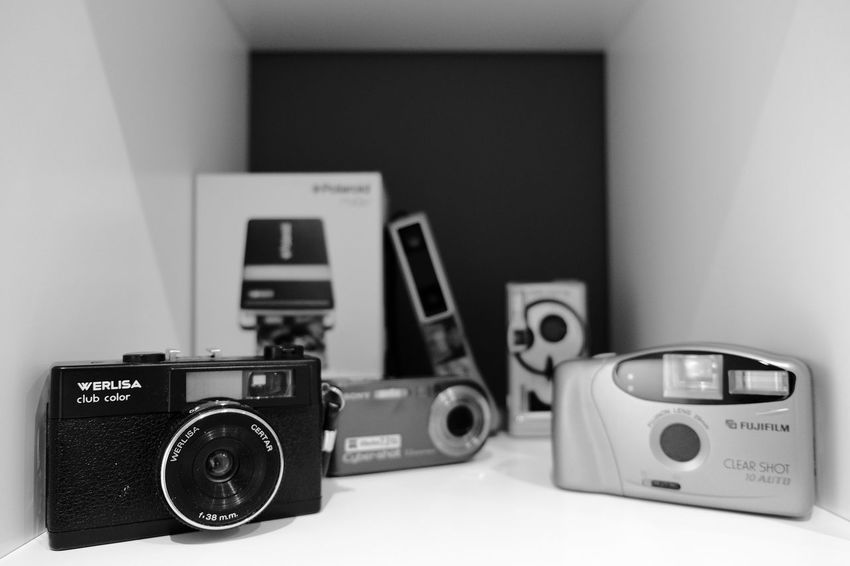 """Mending the disaster while listening to Coldplay's Life In Technicolor. Sometimes, the best start is the very first start position, don't you think? Now mine is """"home"""" :) 