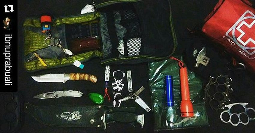 Repost @ibnuprabuali with @repostapp ・・・ My Survival Kits: -8 GB USB Flash Disk (With Archives, Personal Databases & Contacts: Important Phone Numbers & E-mails, Photos, Maps And Survival Datas) -Flashlight -LED Flashlight -Cricket Butane Lighter -Duct Tape -Rope -Eiger Knife -Gerber Folding Knife -Finger Cuffs -Raincoat -Brass Knuckles -Fingerknuckle -Eiger Multitools -Krisbow Multitools -Mobile Charger -AA Batteries -AAA Batteries -Memory/SD Card Reader -Nail Clipper -10.000 mah Power Bank (Solar Charger) -Other multitools and survival kits -Medical & First Aid Kits Everydaycarry EDC Edcid Edcindonesia Keys Keychain Knuckles Cricket Lighter Butanelighter Knife Foldingknife Nailclipper Flashdisk Cricketlighter Survival Multifunctional Multitools Tools Kit Ghb Knucks Brassknuckles Knife gopro goprohero goprohero3 powerbank charger