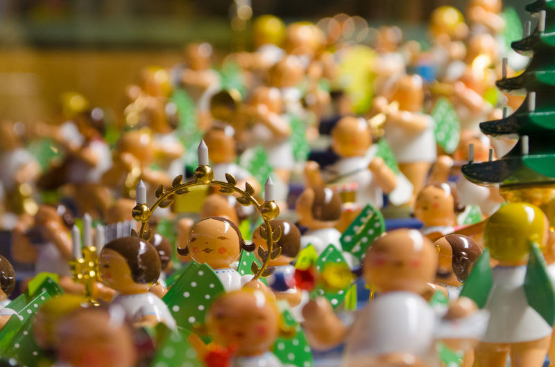 Dresden Handwerkskunst Weihnachtsdeko Weihnachtsdekoration Weihnachtsfiguren Weihnachtszauber  Weihnachtszeit Wendt & Kühn Wendt & Kühn Engel Choice Christkind Close-up Collection Day Engel Figurine  For Sale Indoors  Large Group Of Objects Market Multi Colored No People Sammlung Selective Focus Still Life Striezelmarkt Variation Weihnachtsengel Weihnachtsengelchen