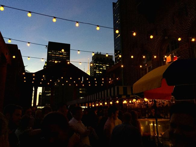 Happy Hour After Work Rooftop Scenery Lotti On Tour Manhattan, Ny