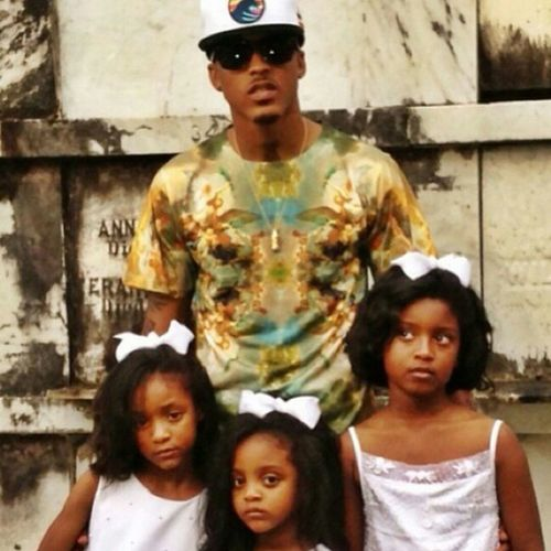 8/31/10 RipMel AugustAlsina Mancrusheveryday 3BEAUTIFULNieces