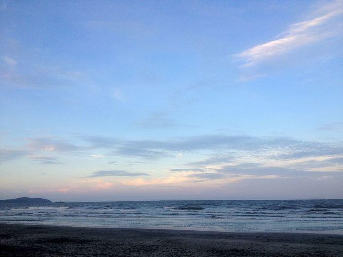 Holiday Memories Beach Sunset Sunset_collection Sunset #sun #clouds #skylovers #sky #nature #beautifulinnature #naturalbeauty #photography #landscape Pastel Power