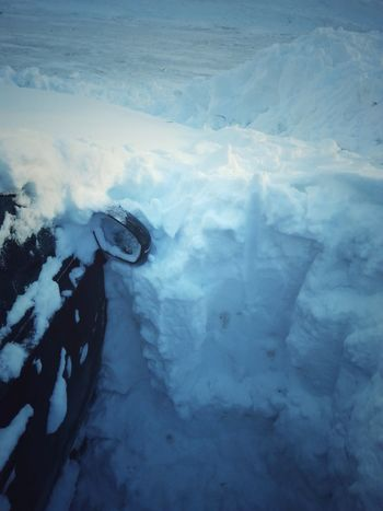 Digging a black car from snow No People Day Outdoors Nature Snow Snow ❄ Digging Car In Snow Black Car