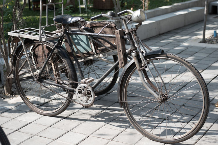 Bicycle parked on footpath