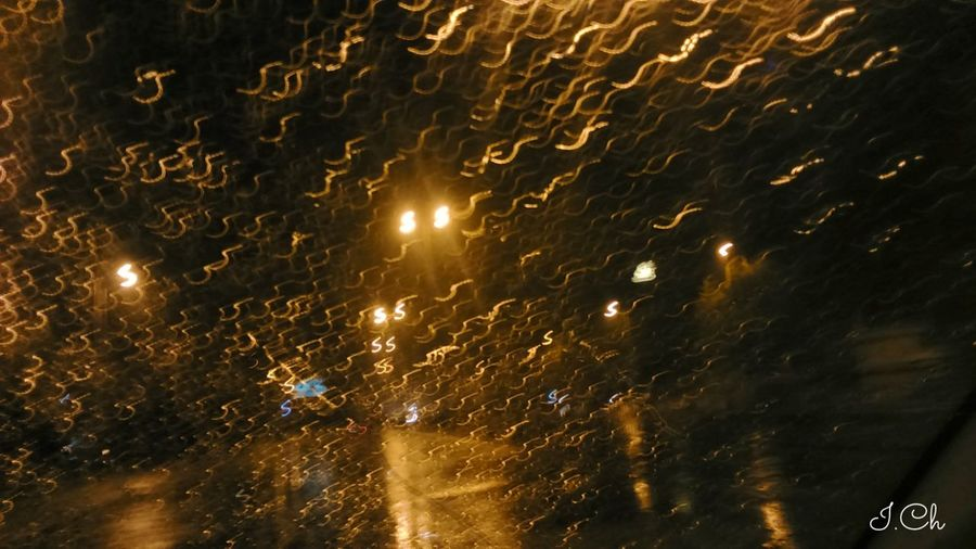 Rainy day morning 4days ago pic part 2 , where ever u see highlighted S those are street lights Learn & Shoot: Simplicity Street Light Photography Street Lights After It Rains ☔Beautifull Patterns I See S EyeEm Best Shots Eyemphotography Rain Drops on My Car Window Window View No Edits No Filters Xperiaphotography Eyem Nature Lovers