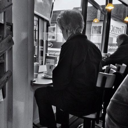 Taking a break... #improvedimage #cafe #streetphotography Streetphotography Cafe Colorsplash Penzance  Improvedimage