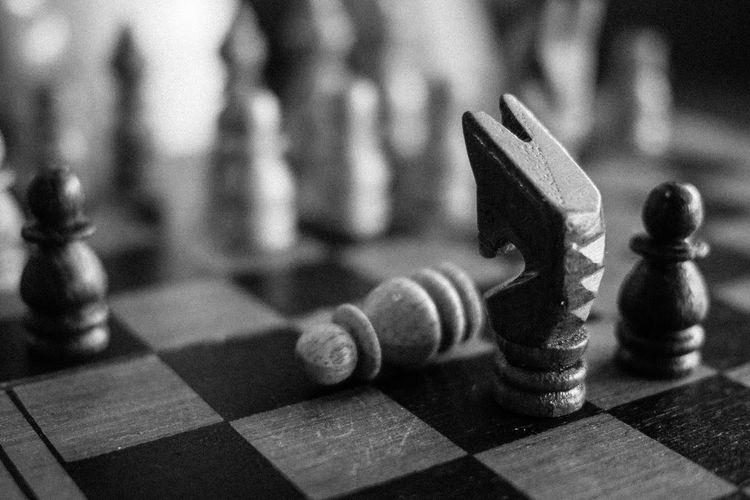 Black And White Blackandwhite Chess Chessboard Fight