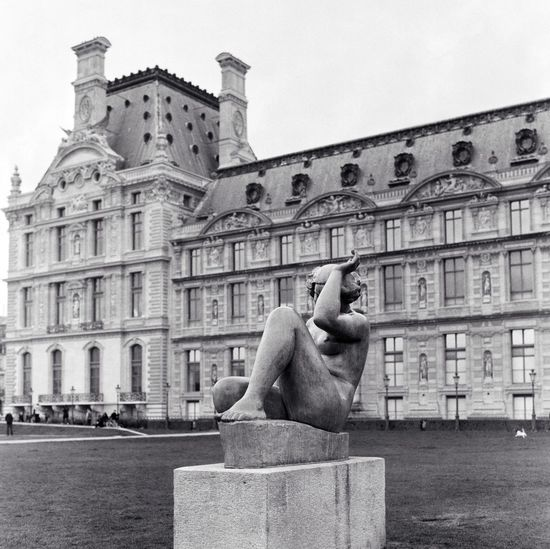 Musée du Louvre Paris Architecture Built Structure Building Exterior Sculpture Building Statue Day The Past History Art And Craft Human Representation City