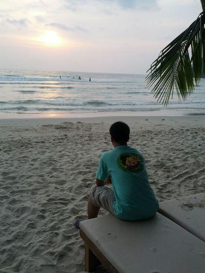 Beach Sea Sand Sitting Horizon Over Water Boys Rear View