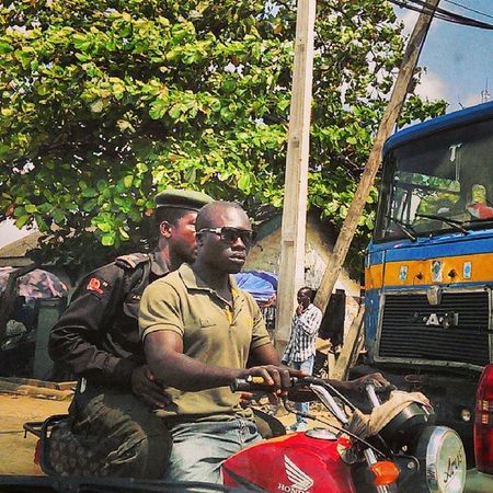 Make way for the very stylish Okada rider! Okada Nigerian Nigeria Naija lagos lagosnigeria snapitoga streetphotography urban
