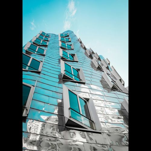 Gehry Architecture Blue Modern Gehry Buildings Düsseldorf Design Gebäude No People Architectureporn Artphotography Built Structure Geometric Shape Gebäude Architektur Reflection Harmony Of Colours Harmonyoflight Harmonyofthearchitecture Window Harmonyof
