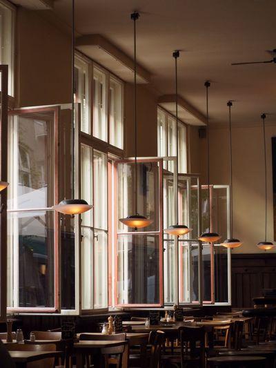 Berliner Kneipe Lampen Stimmungsvoll KNEIPE Indoors  Technology Day Architecture Bookshelf