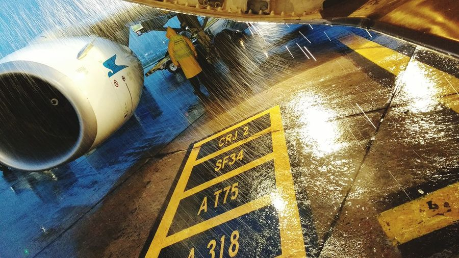 AirPlane ✈ Outdoors Rain Airport Beauty In Nature Cloud - Sky Water