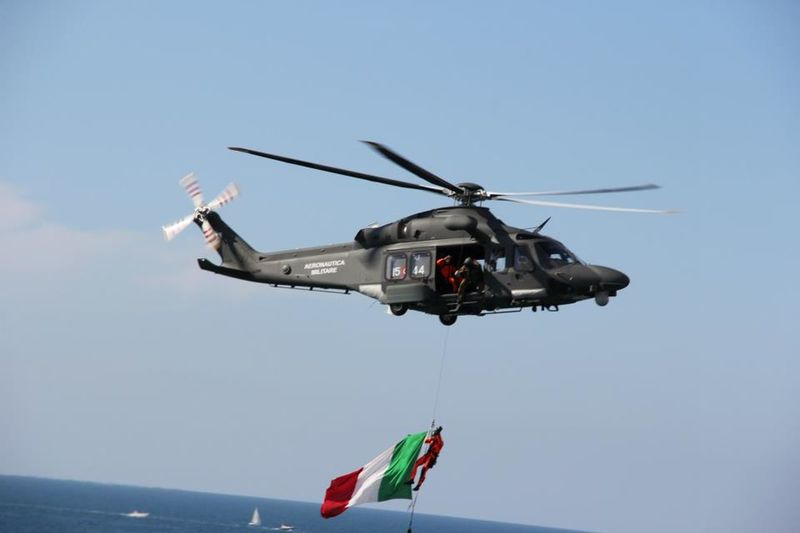 Helicopter Italy Flag Rescue Sea Operation Airforce Taking Photos Flying Check This Out