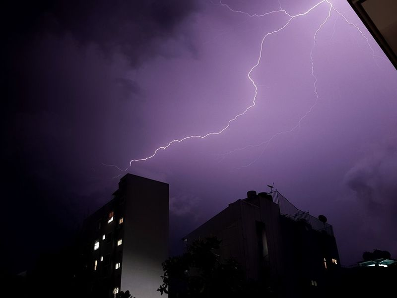 Ride the lighting Forked Lightning Lightning Thunderstorm City Power In Nature Illuminated Storm Cloud Cityscape Weather Architecture Storm Hurricane - Storm Cyclone Office Building Atmospheric Mood Ominous Extreme Weather Dramatic Sky Moody Sky Flood Spooky Romantic Sky Horror Cumulus Meteorology Sky Only