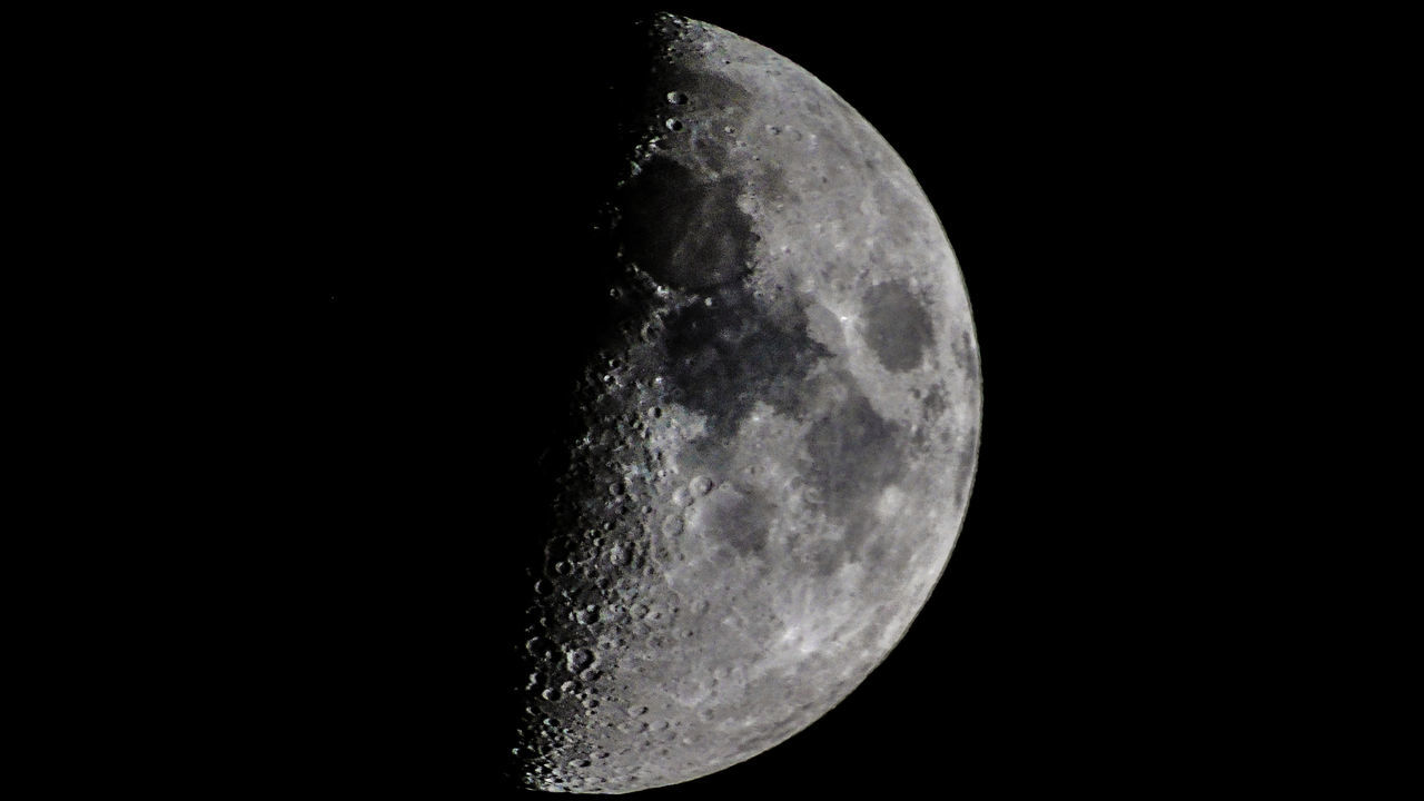 night, astronomy, moon, moon surface, space exploration, beauty in nature, planetary moon, half moon, majestic, scenics, space, nature, tranquility, clear sky, tranquil scene, outdoors, discovery, no people, semi-circle, close-up, crescent, sky, satellite view