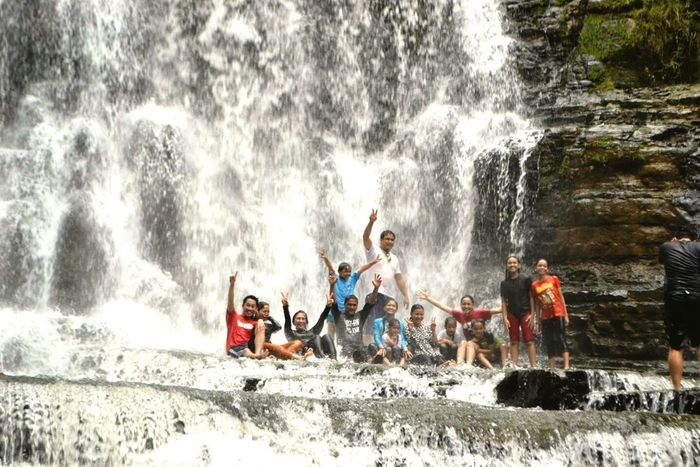 Waterfalls Adventure Family