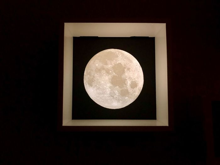 Moon in my room