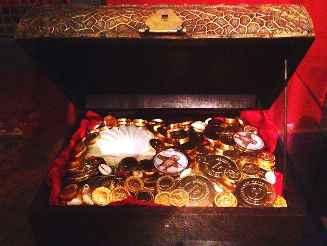 Treasure Treasure Box Gold