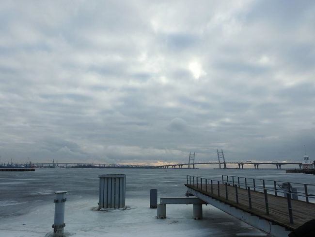 Sky Day Horizon Over Water Winter The Gulf Of Finland Cityscape City Walking By The Gulf Bridge Snowing Sea Baltic Ice Cloud - Sky North Cold Temperature Colors Of Sankt-Peterburg Sankt-Petersburg Russia