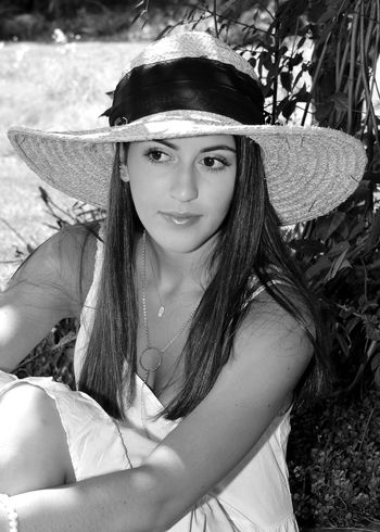 Beautiful Black And White Portrait Hanging Out Kindness Pretty Girl With Alot Of Swag  Pretty Young Woman With Ha Beautiful Pami Cindy Greenstein Fine Art Photography Cindy Greenstein Photography Faces Of EyeEm Faces Of Summer Faces In Places