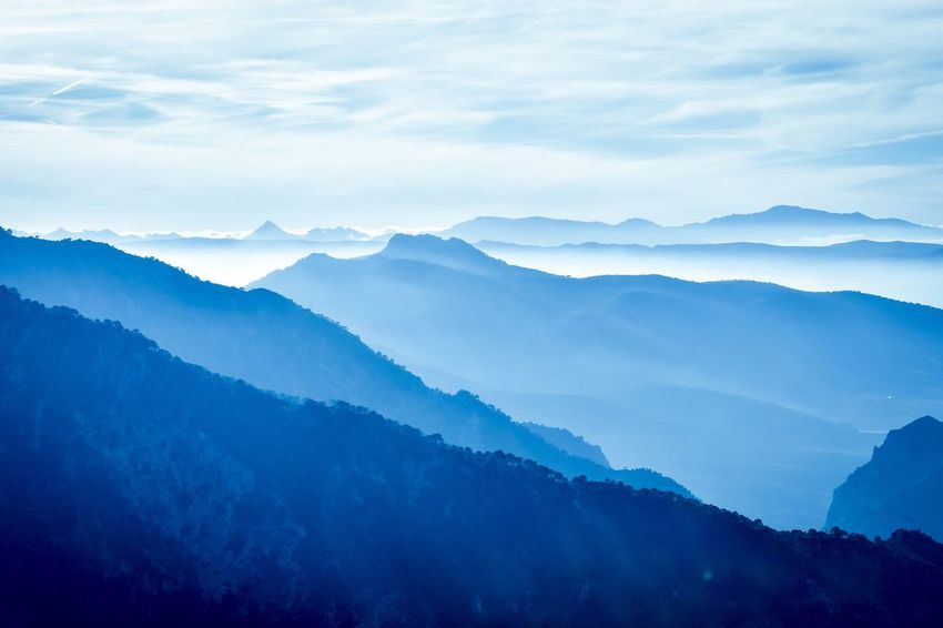 Horizon Over Land Shades Of Blue Mountain View Respect For The Good Taste EyeEm Best Shots Let's Do It Chic! Eye4photography  Exceptional Photographs Mountain Nature Beauty In Nature Scenics Tranquility Mountain Range Tranquil Scene No People Sky Idyllic Outdoors Landscape Fog Day Pantone 2017 Colors Trend 2017 Lapis Flying High