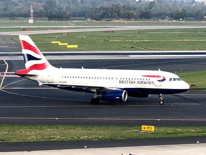 British Airways A319 British Airways Wingtip Winglet Airbus Airbus A319 Air Vehicle Airplane Airport Runway Airport Travel