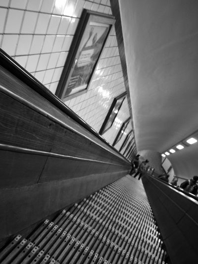 Architecture Black Blackandwhite Built Structure Check This Out Checking In Day EyeEm Illuminated Indoors  Low Angle View Modern No People Photo Photography Taking Photos Taking Pictures The Way Forward