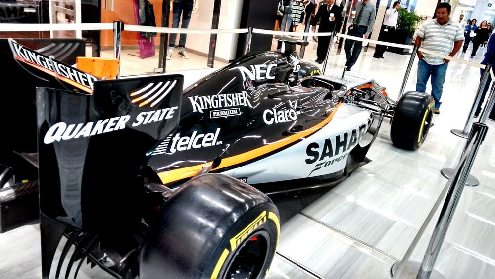 Check This Out Street Photography Plazacarso Forceindia Taking Photos