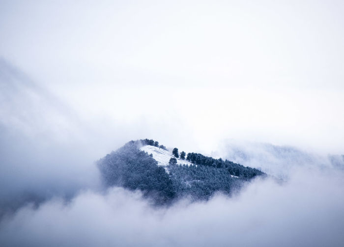 Goodmoments Trip Travelling Naturaleza Europe Photography Clouds Outdoors Mountain Panoramic Nature Holiday Explore Travel Discover  Pixelated Cold Temperature Dissolving Winter Water Snow Close-up Sky Snowflake Frost Snowing Snowfall Frozen